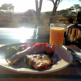 Breakfast at Sanctuary Swala