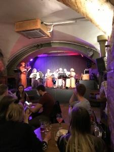 Folkklubs ALA pagrabs